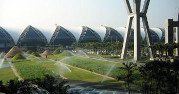 Lotnisko Suvarnabhumi fot. Wikipedia.org