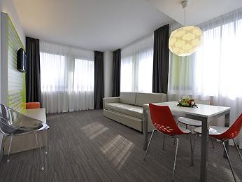 ibis Styles Milano Agrate Brianza - Apartament Superior, część mieszkalna