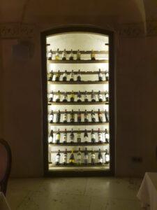 Hotel Alter - restauracja EGO - piwniczka z winem