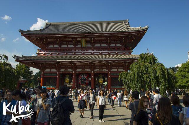 Świątynia w dzielnicy Asakusa, Tokio.