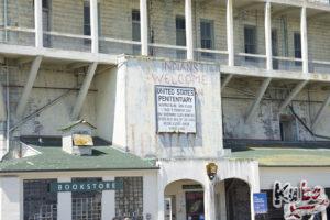 Alcatraz - oryginalna tablica informacyjna