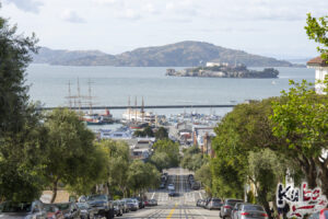 Alcatraz - widok na wyspę z San Francisco