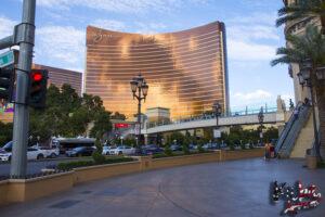 Las Vegas Strip - kasyno Wynn i Encore w tle