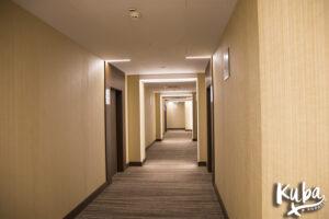 AC Hotel by Marriott Wrocław - korytarz