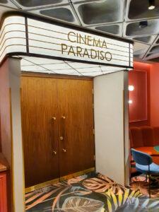 Puro Łódź - wejśćie na salę kinową