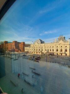 Puro Łódź - widok na pałac i Manufakturę